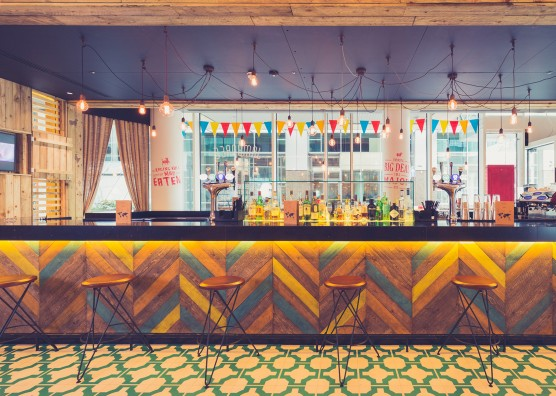 Jamboree Bar Design