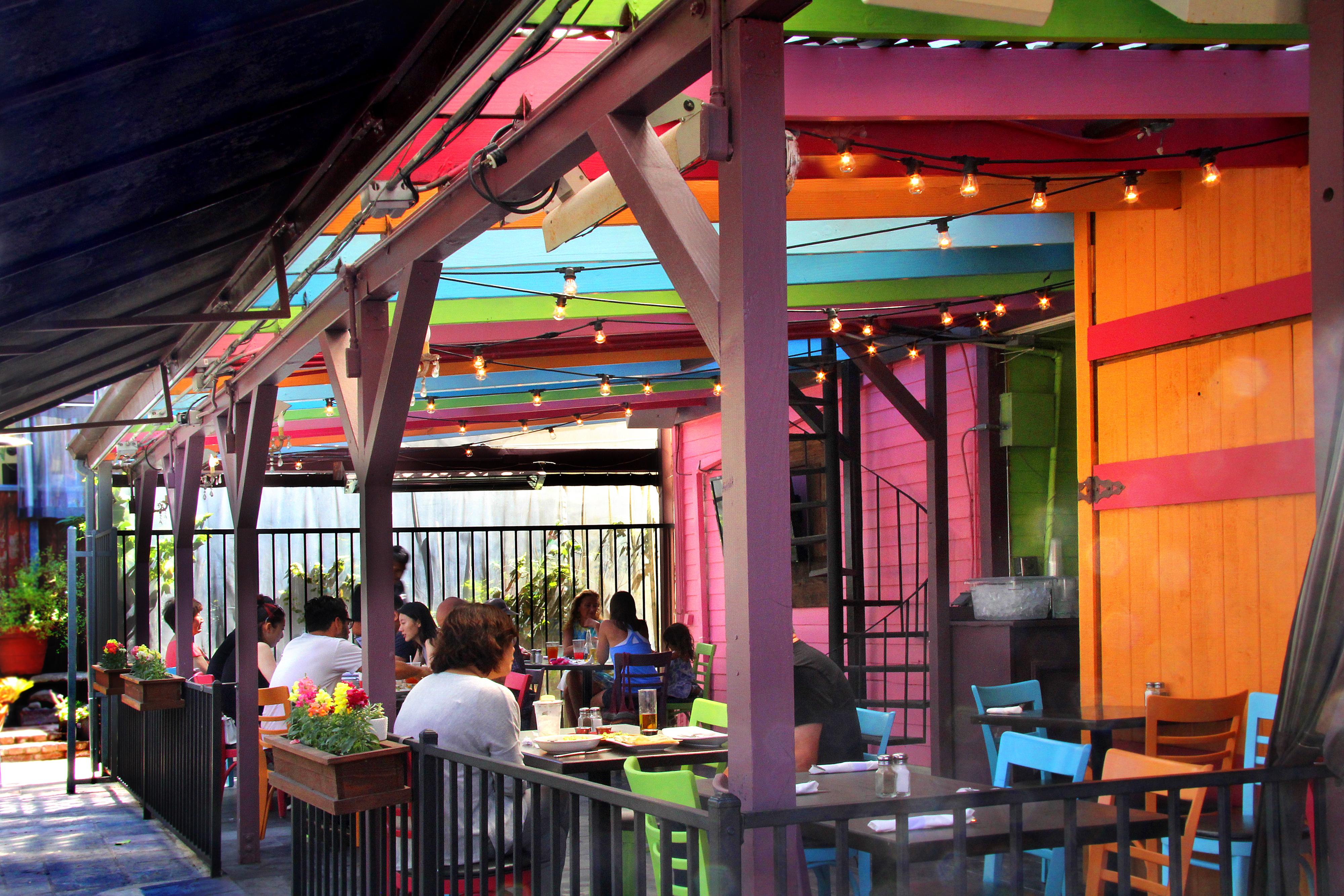 Casa Linda with outdoor patio